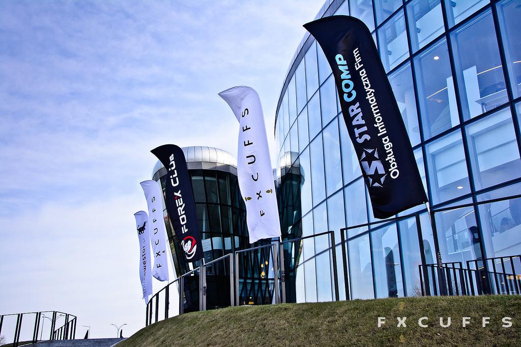 Organizacja techniczna i informatyczna Expo FxCuffs 2016